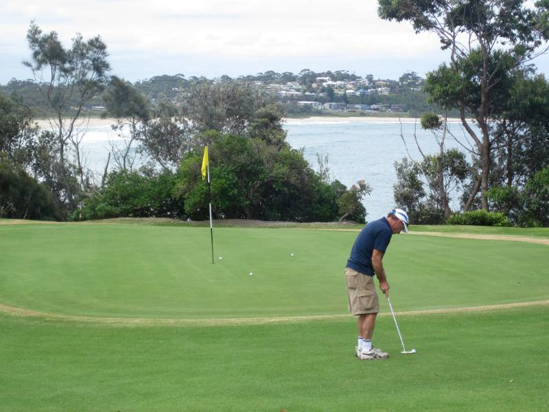 Mollymook,beach,accommodation,rate,special,package,deal